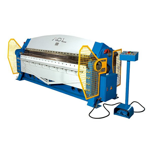 HYDRAULIC FOLDING MACHINE